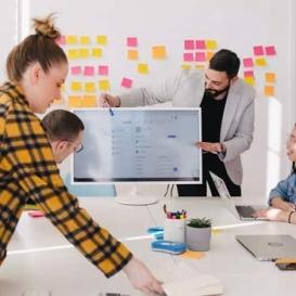 a team during a social media marketing training task